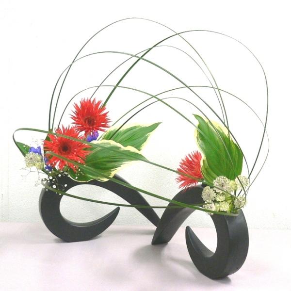 Ikebana by Junko, Japanese flower arrangement art of ... Asian Flower Arrangements